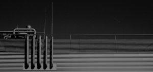 Fondo de vista exterior de industria en blanco y negro