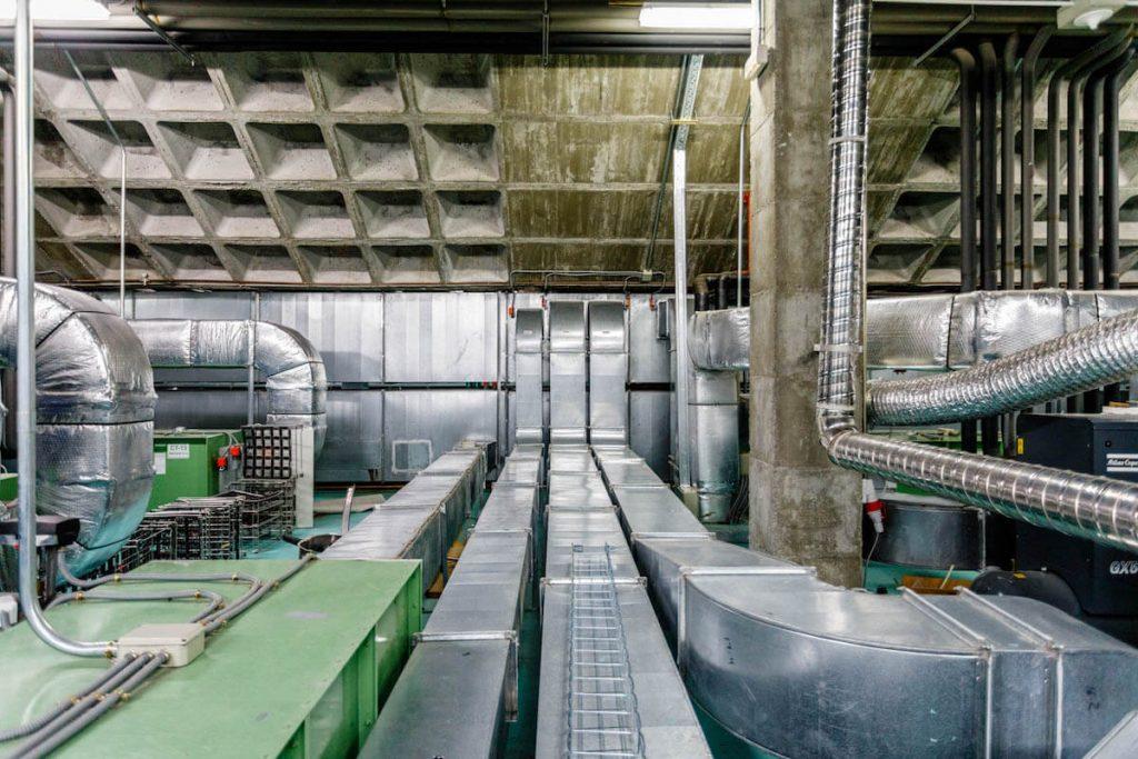Sistema de climatización en interior de industria 02