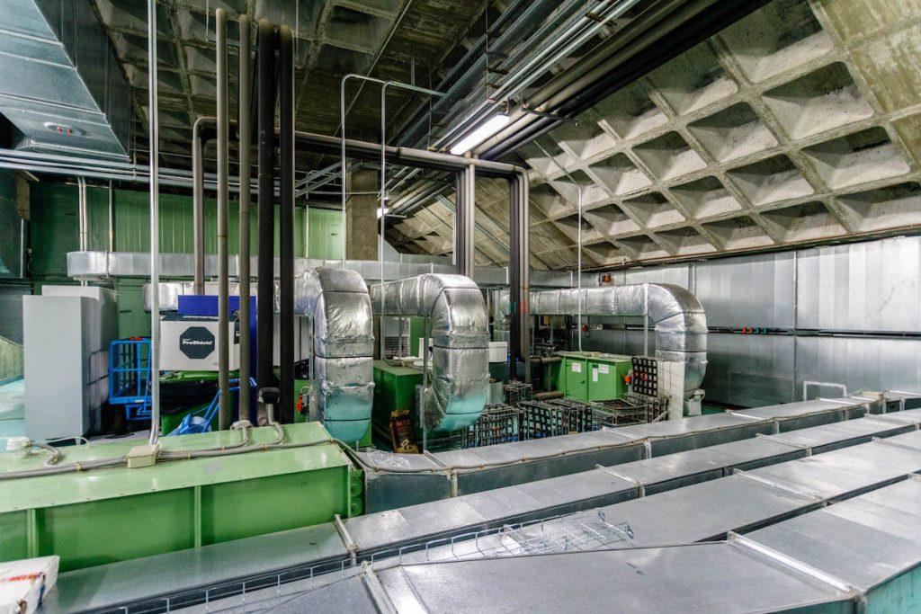 Sistema de climatización en interior de industria 04