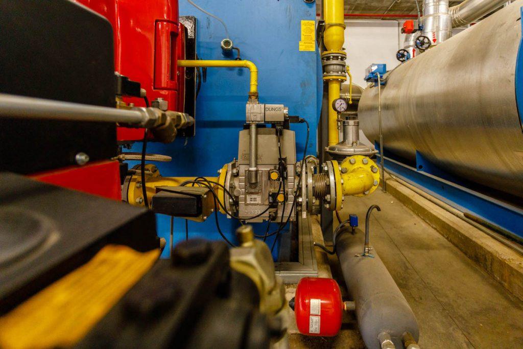 Sistema de climatización en interior de industria 20